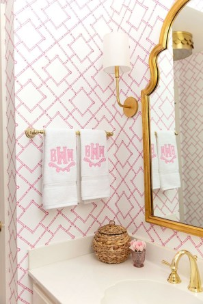 Sophisticated Pink Colors Design Ideas To Transform Your Bathroom 08