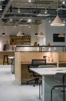 Splendid Workspaces Design Ideas That Mom Will Love 14