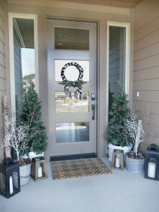Superb Outdoor Winter Decor Ideas That Refresh Your Feel 30
