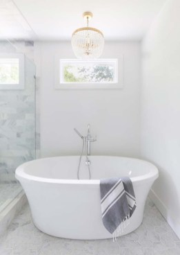 Adorable Japanese Soaking Bathtubs Design Ideas That Will Inspire You 37