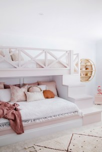 Beautiful Girl Bedroom Design Ideas That Looks So Charming 10