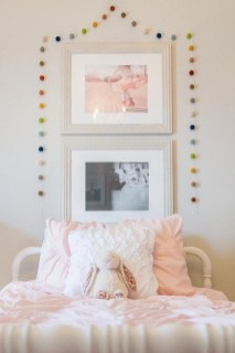Beautiful Girl Bedroom Design Ideas That Looks So Charming 23