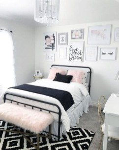 Beautiful Girl Bedroom Design Ideas That Looks So Charming 28