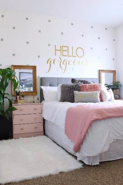 Beautiful Girl Bedroom Design Ideas That Looks So Charming 37