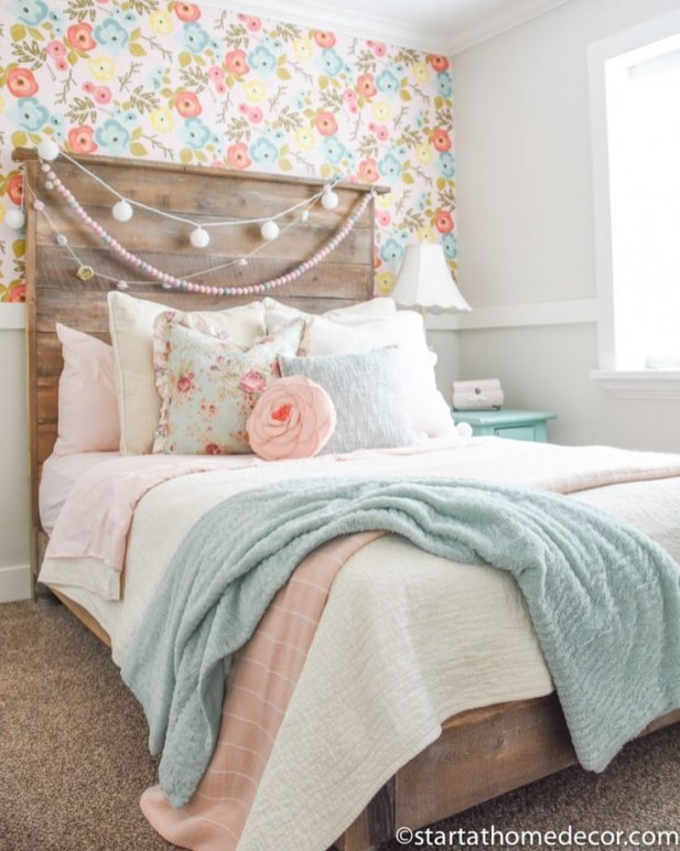Beautiful Girl Bedroom Design Ideas That Looks So Charming 38