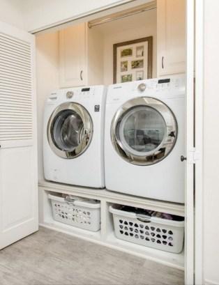 Best Tiny Laundry Spaces Design Ideas That So Functional 36
