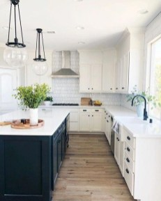 Best White Kitchen Design Ideas That You Need To Copy 14