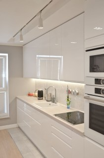 Best White Kitchen Design Ideas That You Need To Copy 49