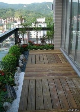 Comfy Balcony Design Ideas To Try Right Now 36