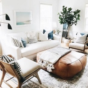 Cool Living Room Design Ideas That Looks So Adorable 38