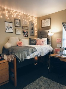 Cozy Dorm Room Design Ideas That Looks More Awesome 03
