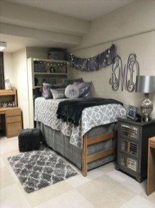 Cozy Dorm Room Design Ideas That Looks More Awesome 21