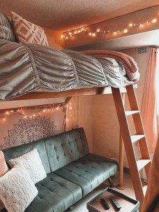Cozy Dorm Room Design Ideas That Looks More Awesome 22