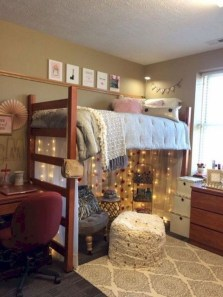 Cozy Dorm Room Design Ideas That Looks More Awesome 28