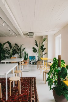 Delicate Two Seat Workspace Design Ideas To Try Right Now 17