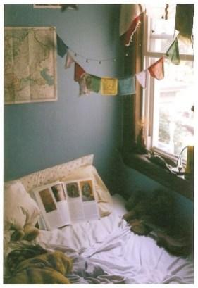 Enchanting College Bedroom Design Ideas With Outdoor Reading Nook 08