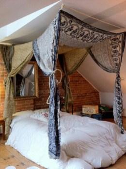 Enchanting College Bedroom Design Ideas With Outdoor Reading Nook 24