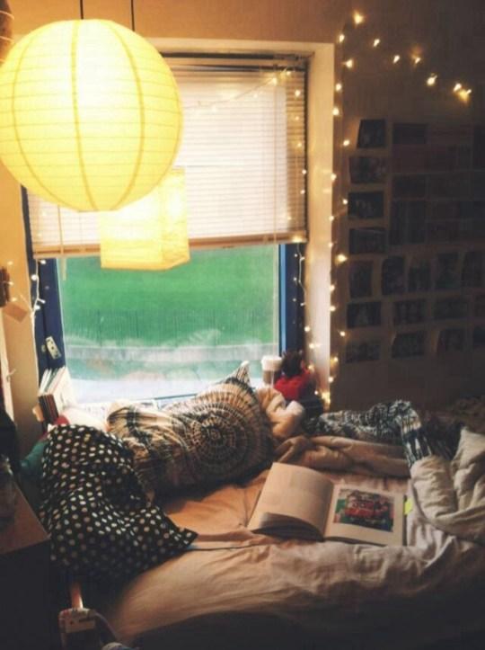 Enchanting College Bedroom Design Ideas With Outdoor Reading Nook 39