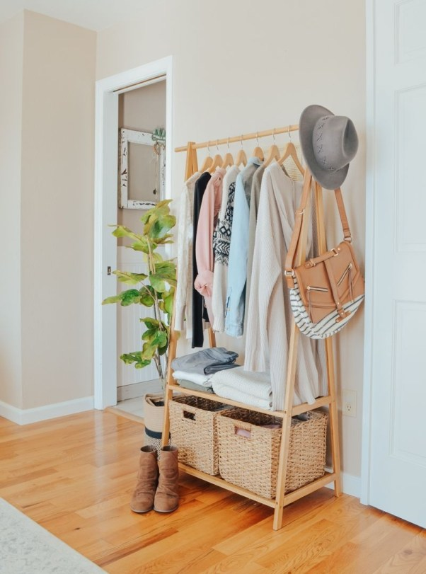 Modern Clothing Racks Design Ideas For Narrow Space To Try Asap 32