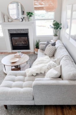 Modern White Apartment Design Ideas To Try Right Now 24