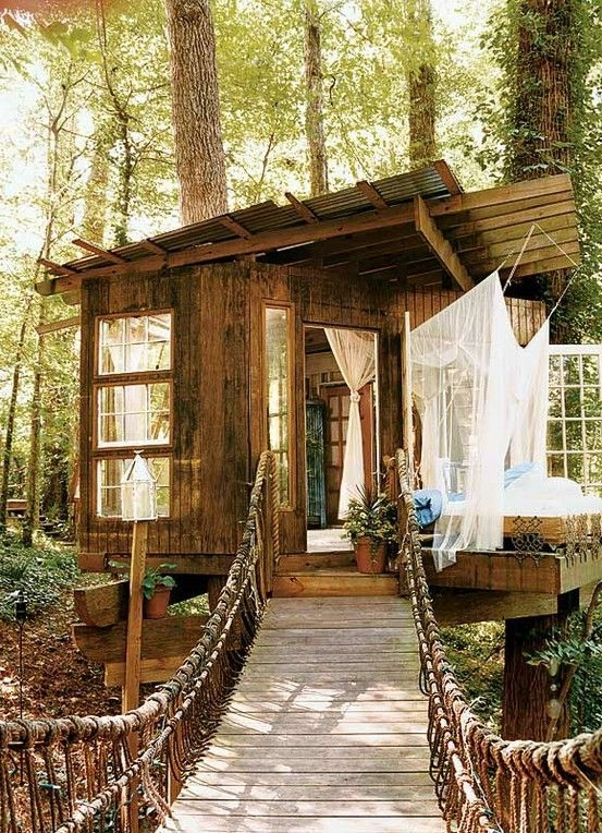 Sparkling Treehouse Design Ideas With Recycled Materials That You Should Have 39