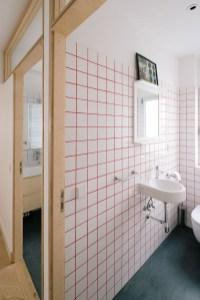 Top Fresh Orange Bathroom Design Ideas To Try Asap 14