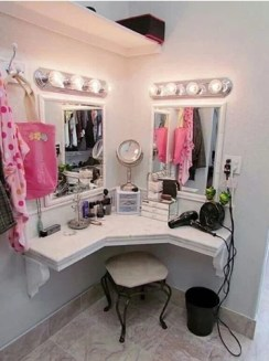 Affordable Home Decoration Ideas With Makeup Vanity That Can Inspire You 01