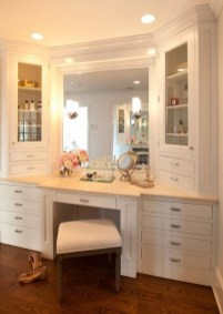 Affordable Home Decoration Ideas With Makeup Vanity That Can Inspire You 14