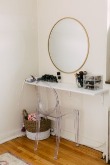 Affordable Home Decoration Ideas With Makeup Vanity That Can Inspire You 22