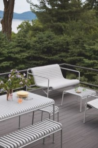 Amazing Classical Terrace Design Ideas To Try This Spring 28