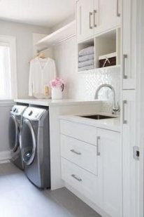 Astonishing Small Laundry Room Design Ideas For Organization To Try 23