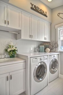 Astonishing Small Laundry Room Design Ideas For Organization To Try 30