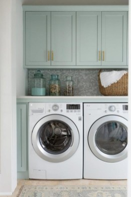 Astonishing Small Laundry Room Design Ideas For Organization To Try 35