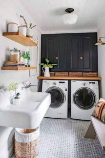 Astonishing Small Laundry Room Design Ideas For Organization To Try 41