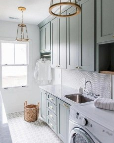 Astonishing Small Laundry Room Design Ideas For Organization To Try 46