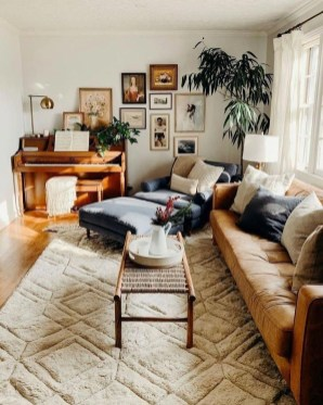 Awesome Living Room Wood Floor Decoration Ideas That You Need To Try 25