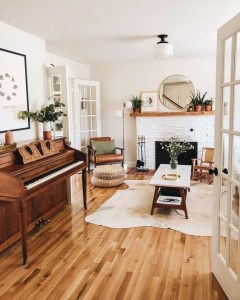 Awesome Living Room Wood Floor Decoration Ideas That You Need To Try 28