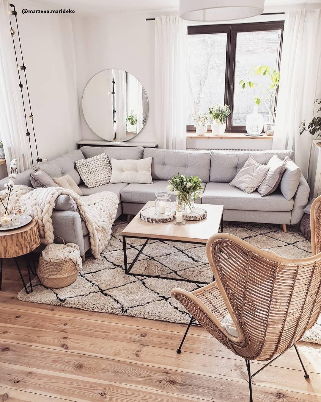 Awesome Living Room Wood Floor Decoration Ideas That You Need To Try 29