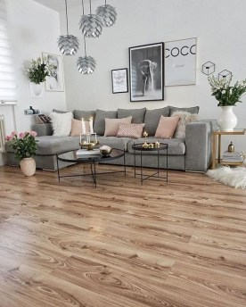 Awesome Living Room Wood Floor Decoration Ideas That You Need To Try 43