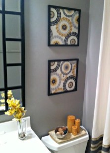 Brilliant Bathroom Wall Décor Ideas That Will Awesome Your Home 04