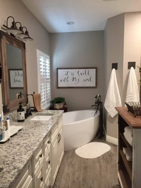 Brilliant Bathroom Wall Décor Ideas That Will Awesome Your Home 40