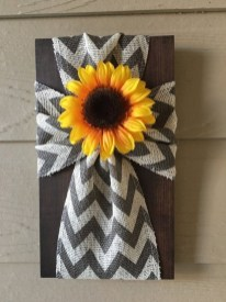 Cool Wood Sunflower Wall Decor Ideas That You Need To Try 05