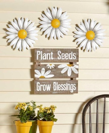Cool Wood Sunflower Wall Decor Ideas That You Need To Try 17