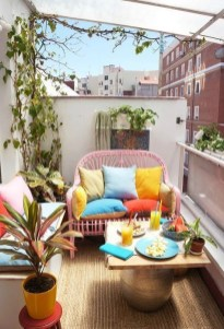 Incredible Small Apartment Balcony Design Ideas On A Budget To Try Asap 02