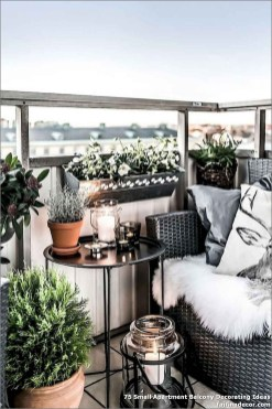 Incredible Small Apartment Balcony Design Ideas On A Budget To Try Asap 36
