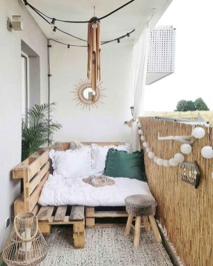 Incredible Small Apartment Balcony Design Ideas On A Budget To Try Asap 43