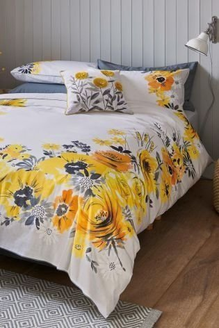 Inexpensive Easter Bedroom Interior Design Ideas That You Need To Know 11