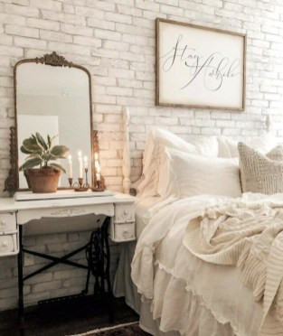 Inexpensive Easter Bedroom Interior Design Ideas That You Need To Know 24