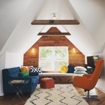 Lovely Attic Apartments Design Ideas With Shabby Chic Styles 08