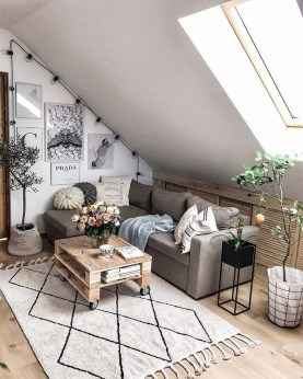 Lovely Attic Apartments Design Ideas With Shabby Chic Styles 34